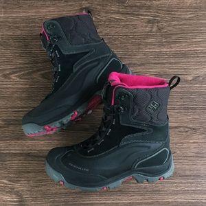 Columbia winter boots sz 10